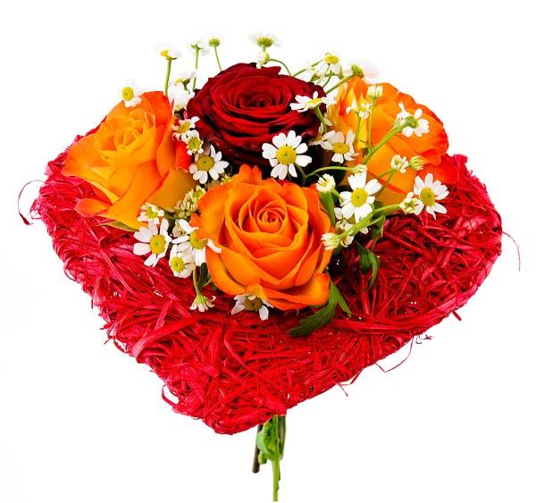 Bouquet Valentin in Herzform bestellen.