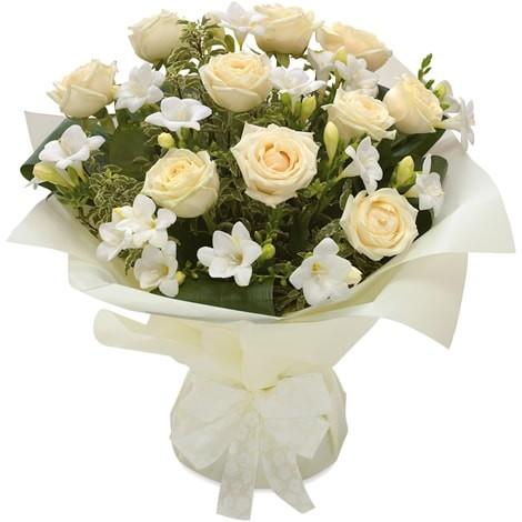 Blumenstrauß Weiße Herrlichkeit